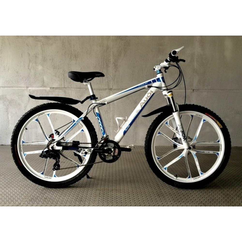 Велосипед на литых дисках Audi white