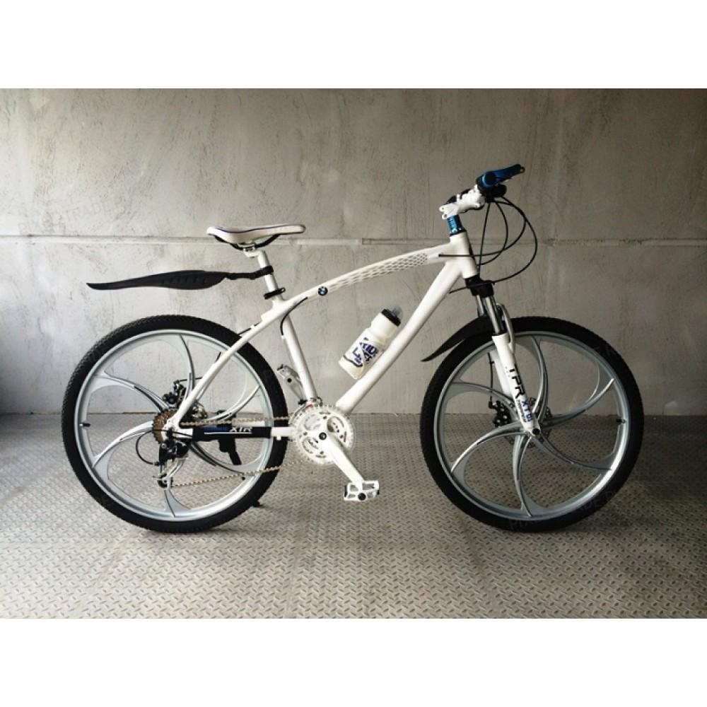 Велосипед на литых дисках BMW X1 white-silver