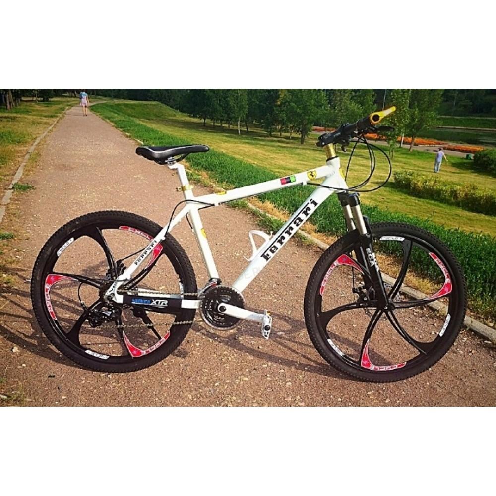 Велосипед на литых дисках Ferrari white-black