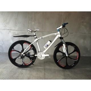 Велосипед на литых дисках BMW X1 white-black