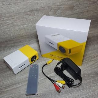 Портативный мини проектор Led Projector YG 300
